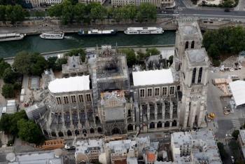 Notre Dame podría colapsar, alerta Ministerio de Cultura