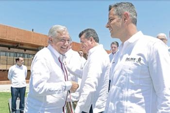 Firman pacto Oaxaca para terminar con desigualdad y lograr PIB de 4%