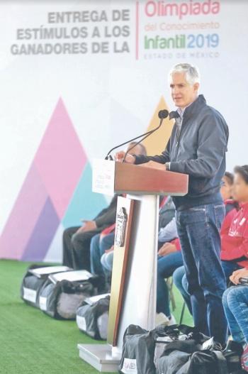Edomex destaca baja en rezago educativo