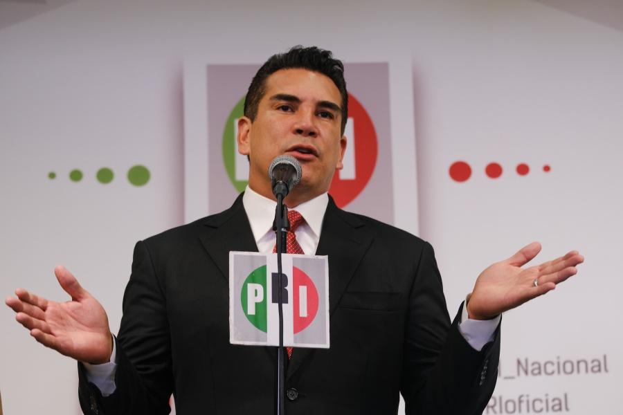 "Lamenta ""Alito"" renuncia de Ivonne Ortega"