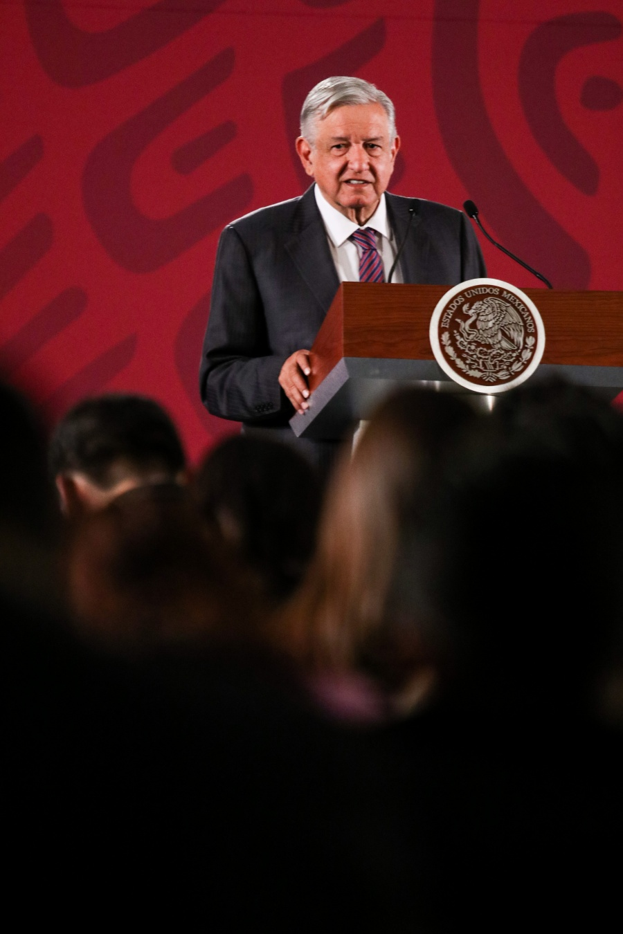 El pueblo decidirá si se enjuician a ex presidentes: AMLO