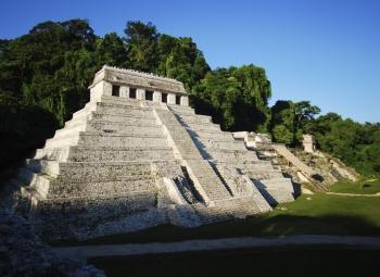 Patrimonio arqueológico no será dañado en trazo del Tren Maya: Diego Prieto