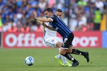 Jonathan Rodríguez causa baja en Cruz Azul por lesión