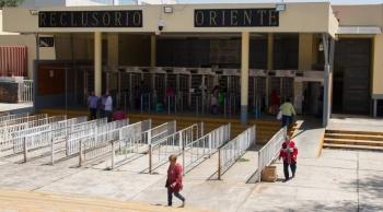 Vigila Sistema Penitenciario salud de los heridos por incendio en Reclusorio