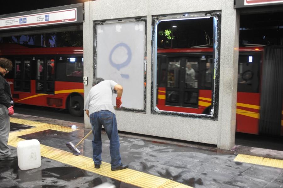 Metrobús restablece servicio en estación Insurgentes