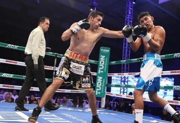 Jhonny González vence a Ramiro Blanco y espera contender por el título