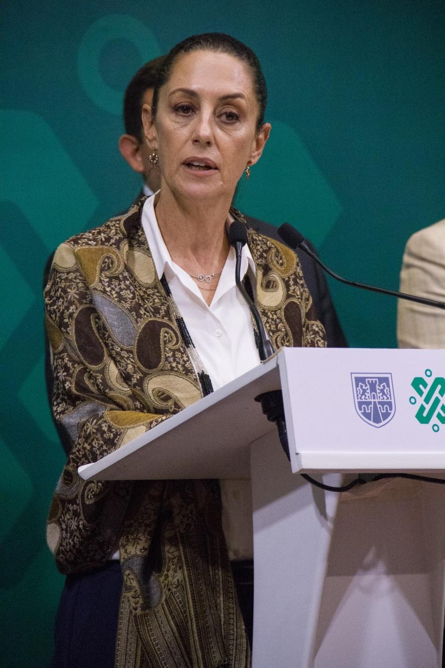Pide Sheinbaum a Procuraduría investigar ataques cibernéticos contra mujeres