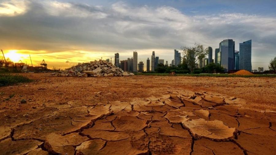 Científicos prevén olas de calor y lluvias torrenciales más largas por cambio climático