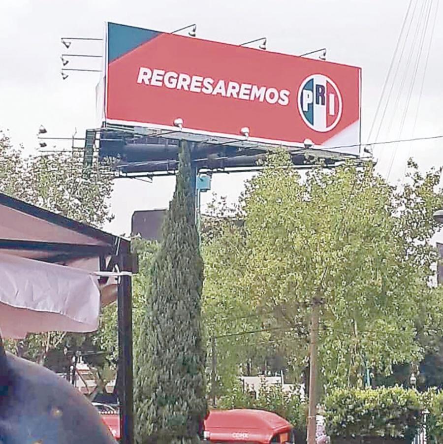 El PRI anuncia regreso con espectaculares en el país