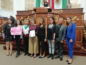 La lucha de las mujeres no empieza ni termina con un parlamento