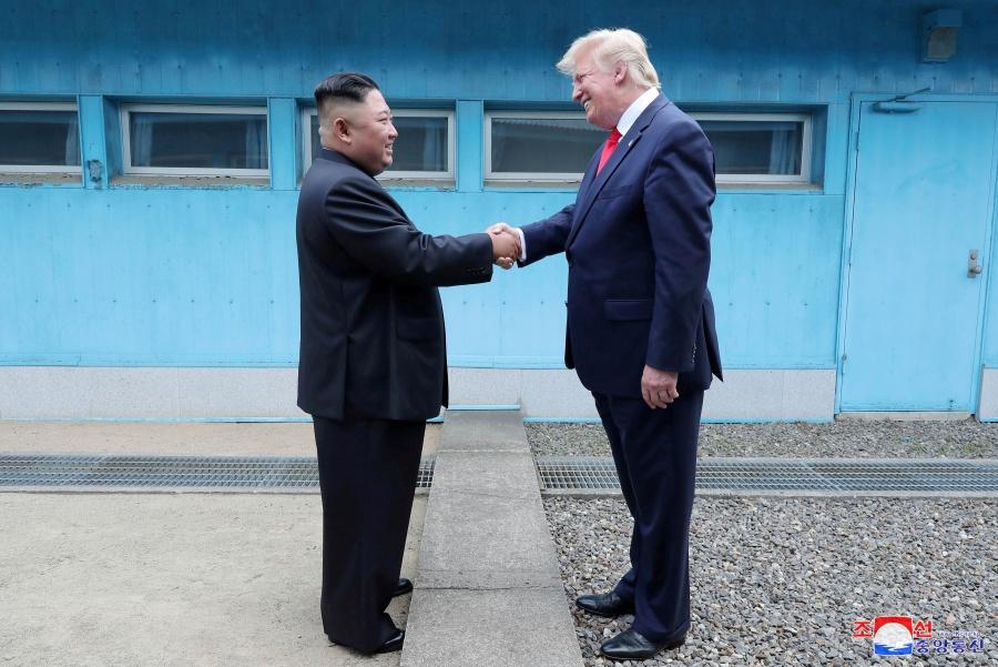 EU reanudaría negociaciones con Corea del Norte