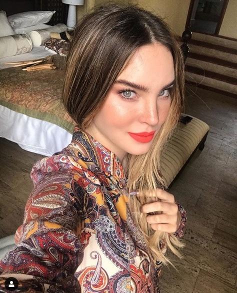Belinda deleita a seguidores de Instagram con caro bikini