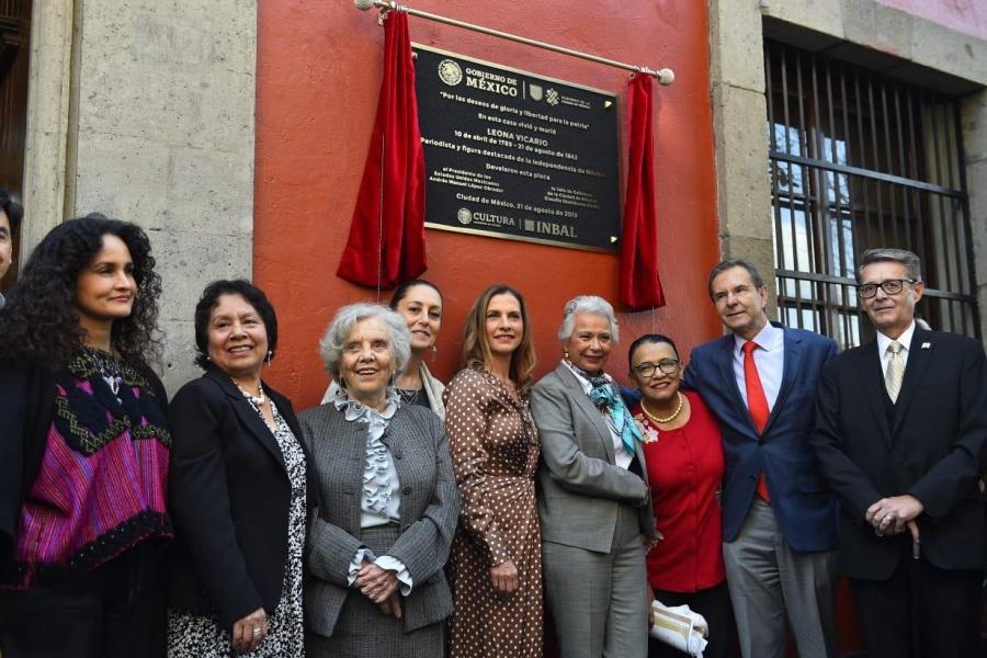 Otorgan reconocimiento a Leona Vicario por su legado histórico e intelectual