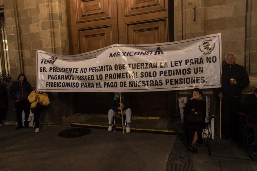 Afirman que la SCT ya atiende el caso de Mexicana