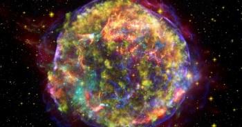 Encuentran polvo de supernovas en nieve de la Antártida