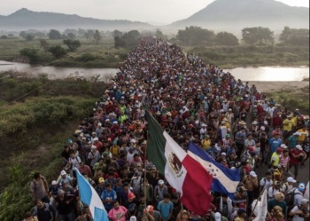 Con manifestación, migrantes exigen libre tránsito en México