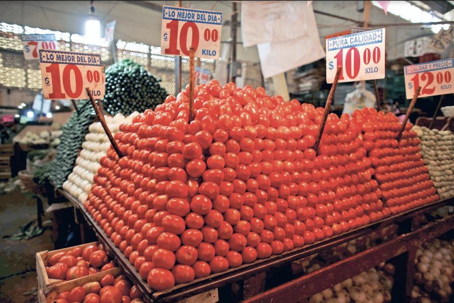 Acuerdo salva venta de tomate mexicano en EU