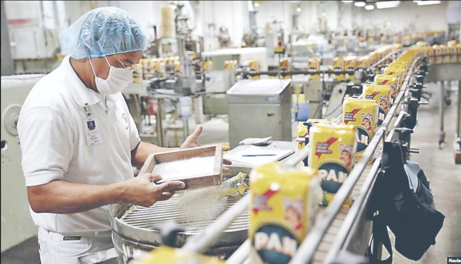 Producción industrial en Venezuela cae 80%