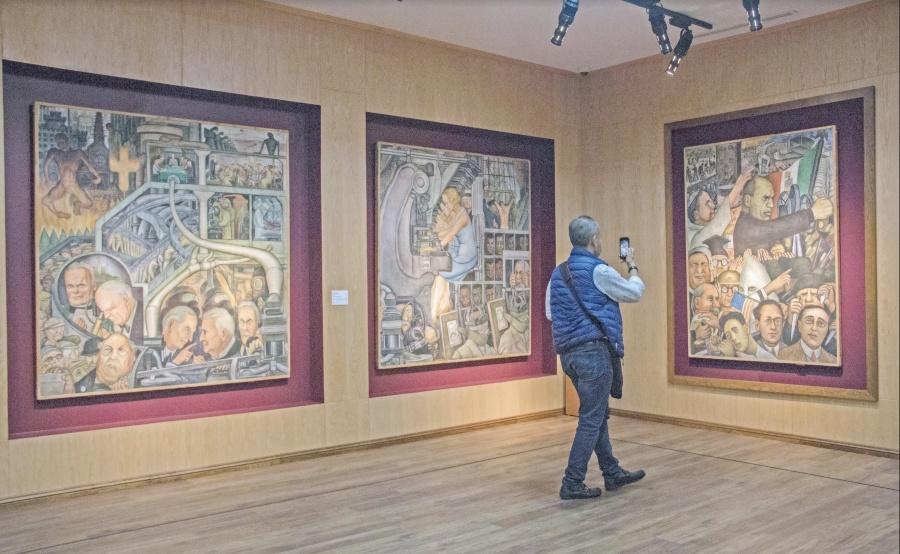 Exhiben obras de 3 mmdp decomisadas a Gordillo