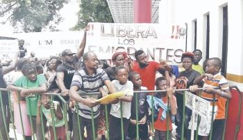 Más de 15 mil migrantes esperan refugio en Chiapas