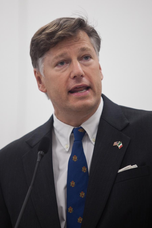 Recibe AMLO cartas credenciales de embajador de EU