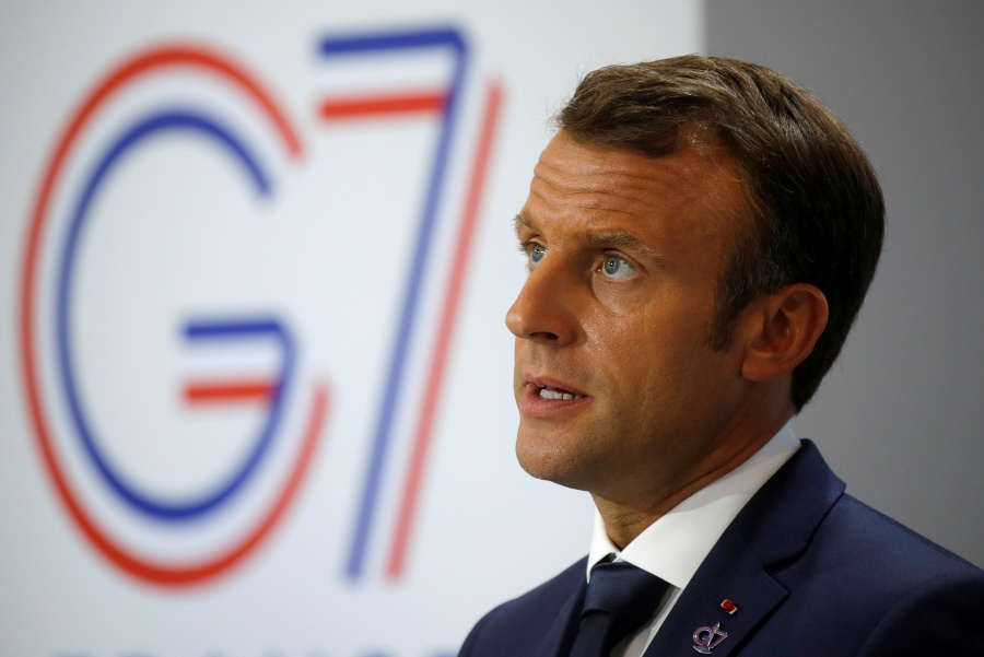 """Macron califica de """"irrespetuosos"""" los comentarios de Bolsonaro contra su esposa"""