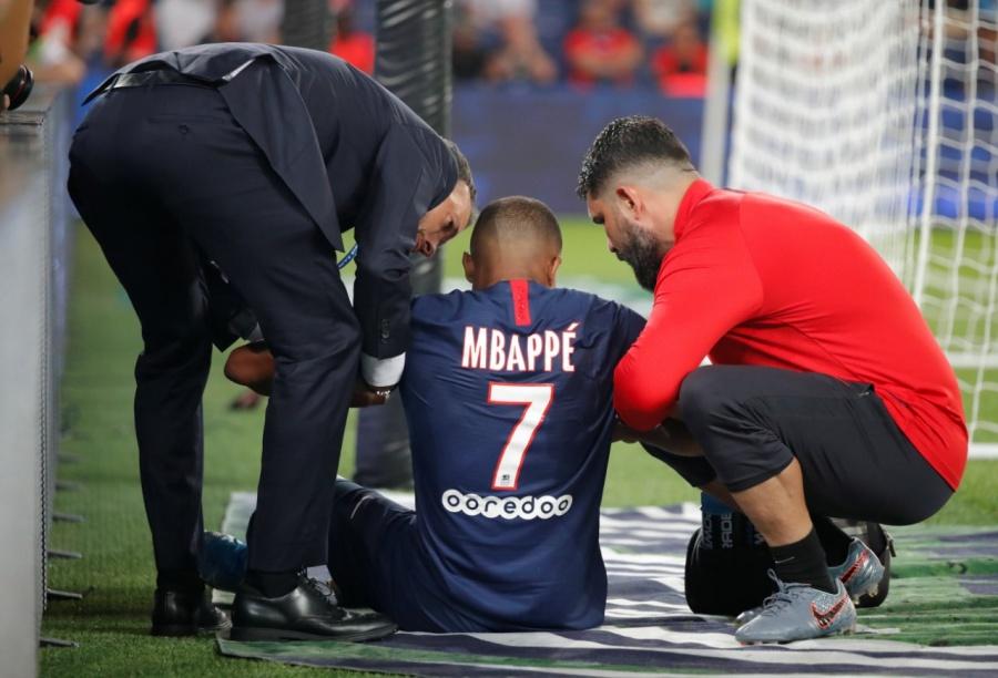 Alarma en el PSG: Cavani y Mbappé causan baja por lesiones