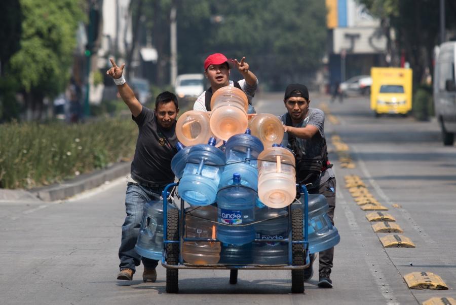 Gastan mexicanos 45 mil mdp al año en agua embotellada