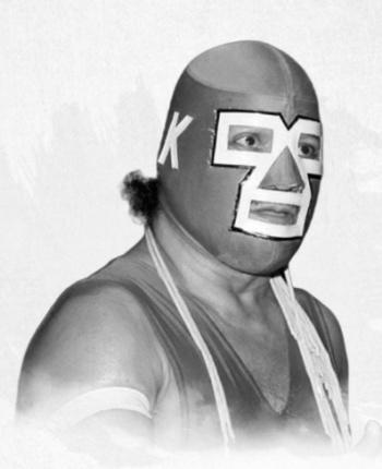 Fallece el luchador Dr. Karonte Jr., padre de Carístico