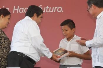 Anuncia Barbosa Huerta inversión sin precedentes para recuperación de escuelas