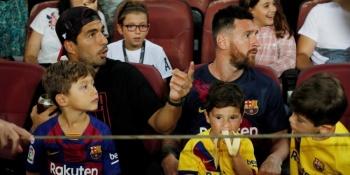 VIDEO: El hijo de Messi celebra un gol que no fue y Luis Suárez se burla de él