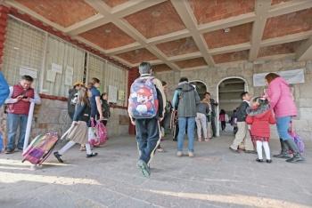 SEP deja sin libros a 3 millones de estudiantes