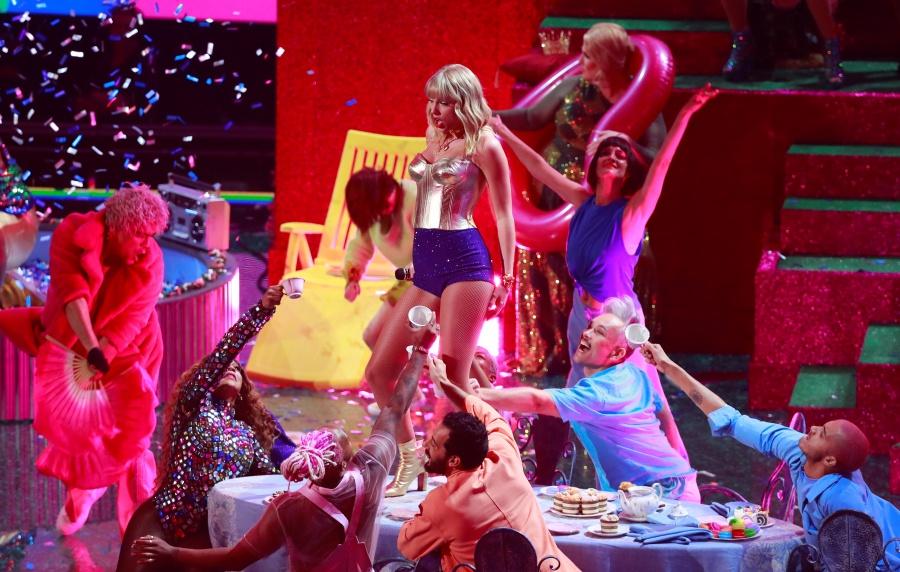 Rosalía, Swift, Cardi B y Missy Elliott llevan el poder femenino a los MTV Awards