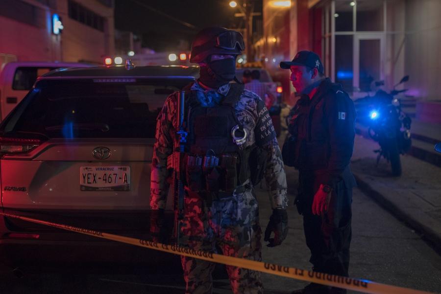 Identifican a presunto autor de masacre en bar de Coatzacoalcos