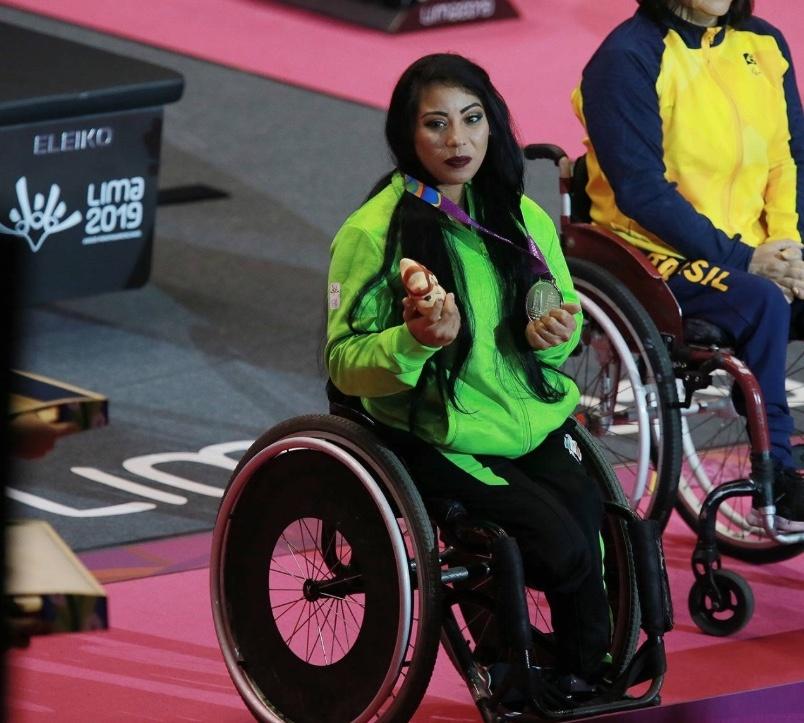 Mayra Hernández gana plata en powerlifting en los Parapanamericanos