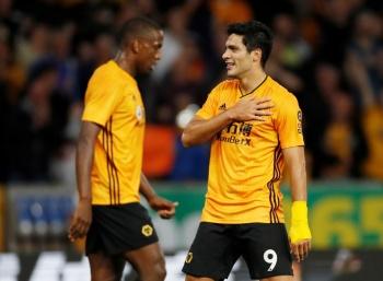 Jiménez y el Wolverhampton se meten a la fase de grupos de la Europa League