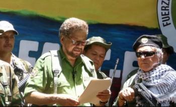 Líder disidente de las FARC retoma la lucha armada en Colombia