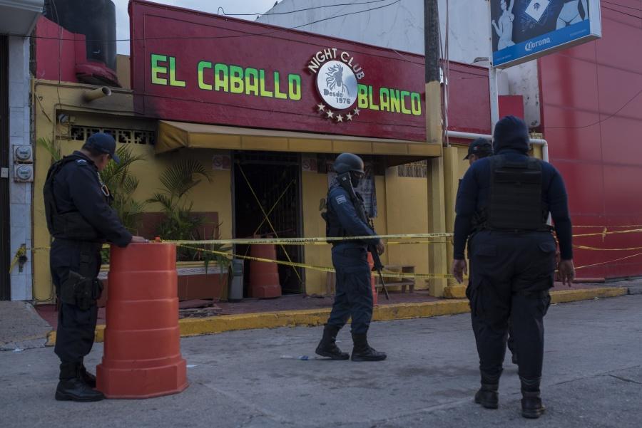 Detienen a dos presuntos implicados en ataque a bar de Coatzacoalcos
