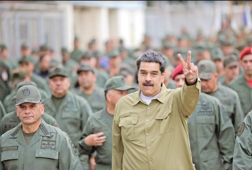 """Washington ofrece amnistía a Maduro """"para que se vaya"""""""