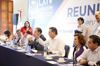 Trabajarán senadores del PAN en favor de las familias mexicanas