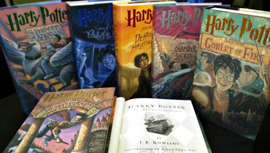 Escuela católica rechaza libros de Harry Potter por contener hechizos reales