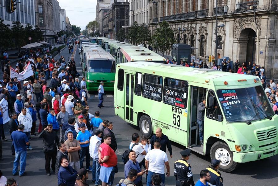 Transportistas amagan con otra marcha si no son atendidos