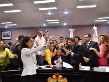Designan a Verónica Hernández Giadans como encargada de la Fiscalía de Veracruz