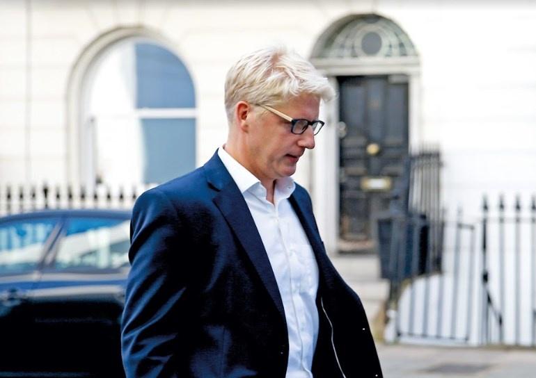 Hasta el hermano de Boris Johnson lo abandona