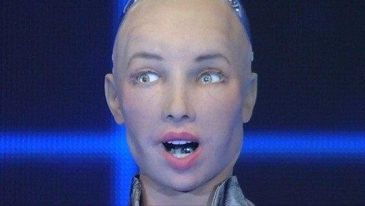 La robot Sophia se encuentra en México. Le inspira el ser humano