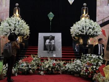 Instalan muestra de Francisco Toledo en Bellas Artes