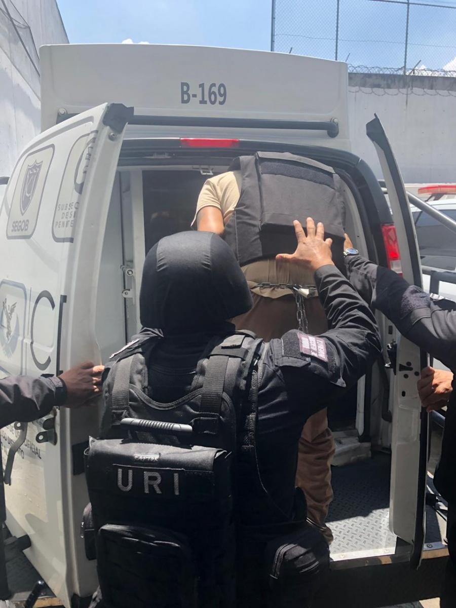 Trasladan a penal de máxima seguridad a implicado en balacera en Plaza Artz