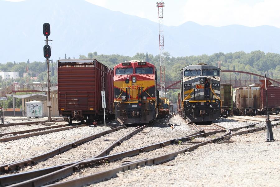 Cinco personas resultan heridas en intento de robo a tren en Querétaro