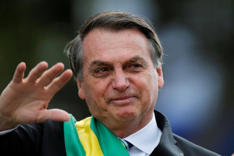 """Bolsonaro se recupera de cirugía viendo """"El Chavo del 8"""""""
