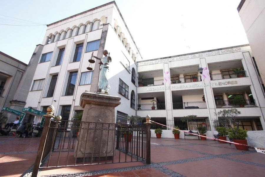 Desalojan Tribunal de Justicia de Morelos por amenaza de bomba